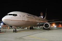 N37470 United 737-924ER(SW) at KCLE (GeorgeM757) Tags: n37470 united 737924ersw kcle clevelandhopkins nightairplane georgem757 aircraft alltypesoftransport aviation airport