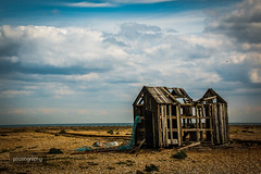 15/30 Time for a new shed (Alex Chilli) Tags: dungeness kent shed wood beach sky canon eos 70d barren futuristic empty abandoned