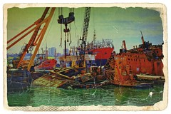 IMG_6429 Old and new (Antique) (Rodolfo Frino) Tags: boat boats ship ships water sea ocean old new grua red color colour colors colours antique port colorful colourful colorido colorida green yellow blue black lightblue multicolor multicolour postcard