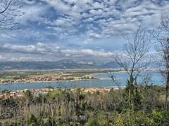 Vista di Bocca di Magra da Monte Marcello (Luna y Valencia) Tags: boccadimagra magra montemarcello laspezia liguria