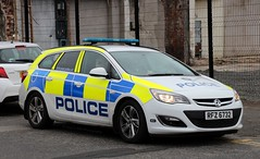 Police Service Northern Ireland / RFZ 6732 / Vauxhall Astra Estate / Incident Response Vehicle (Nick 999) Tags: police service northern ireland rfz 6732 vauxhall astra estate incident response vehicle psni emergency blue lights sirens led leds policeservicenorthernireland vauxhallastraestate incidentresponsevehicle