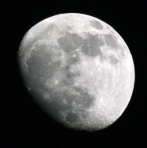 Gibbous Moon, May 21, 2013