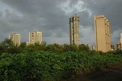 India's financial capital Mumbai welcomes arrival of monsoon (CSE Environment Photo Gallery) Tags: india monsoon mumbai rainfall csepictures cseenvironmentphotogallery