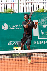 BNP Paribas Primrose Bordeaux 2013 - Gal Monfils (4) (Val_tho) Tags: france sport canon french eos thomas bordeaux atp tennis mai tournament gael terre canoneos bnp challenger francais coup primrose valadon droit bnpparibas forehand canonef70200mmf28lusm canon70200f28l monfils 2013 battue 70200mmf28 terrebattue 400d eos400d canon70200mm28lusm coupdroit villaprimrose thomasvaladon moskitom