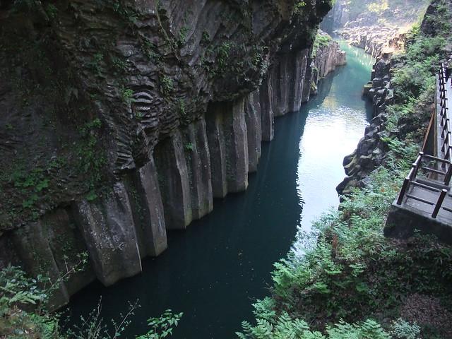 美しい渓谷|高千穂峡
