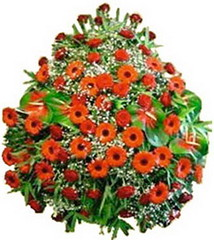 FTD Wreath of Red & Orange Flowers (dobdeals.com) Tags: flowers wreaths eventsupplies