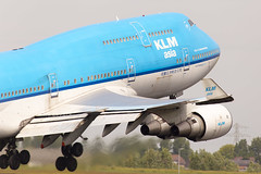 KLM Asia Boeing 747-400 PH-BFY (LHR Local) Tags: amsterdam plane airplane flying airport aircraft aviation flight jet aeroplane boeing klm schipol departure takeoff boeing747 747 jumbojet spotting jumbo departing flugzeuge planespotting klmasia phbfy canon6d philbroad