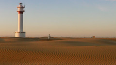 #miratges ... far al desert (Seracat) Tags: lighthouse delta catalonia catalunya far ebre catalogne terresdelebre fangar seracat marcserarols
