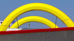 Double Arches (mrgraphic2) Tags: mcdonalds