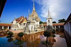 Wat_prabaromthatChaiya_01r1