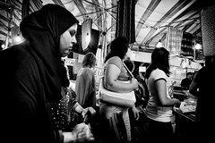 Women (Andrea Scire') Tags: street photography andrea scirè andreascire andreascirè ©phandreascire