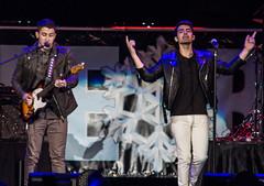 Joe & Nick Jonas (mrbrianmorgan) Tags: show christmas music chicago radio concert live pop armin allstatearena pepsi van edm liveconcert jingleball buuren christmasshow jonasbrothers brianmorgan b96 nickjonas joejonas jinglebash mrbrianmorgan brianmorgancinematography