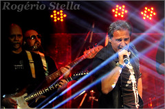 Paolo (Rogerio Stella) Tags: show stella italy music color colour me portraits banda photography photo cantor concert italian nikon photographer tour paolo song retrato live stage gig performance band bands rogerio portraiture sing id
