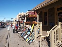 Park City ski rental shop (mdanys) Tags: usa snow ski utah us parkcity danys mdanys
