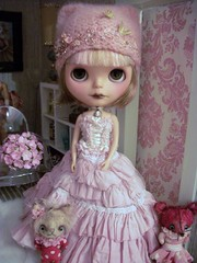 Pink Dolly Love .....