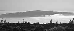LA GOMERA (ESPACIOMILCIENTO) Tags: sunset shadow sea sky blancoynegro beach island noche mar cool sombra cielo tenerife teide islas única lagomera canrias hechoamano espaciomilciento