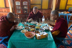 30098671 (wolfgangkaehler) Tags: asia asian southeastasia myanmar burma burmese inlelake taungtovillage villagelife villagescene village people person monastery monasteries buddhism buddhist buddhistmonk buddhistmonks buddhistmonastery buddhistmonasteries monk monks eating