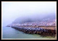 DONOSTIA - MUELLE (MONTXO-DONOSTIA) Tags: fog niebla donostia muelle espigon sea mar cantabrico landascape panoramica montxodonostia