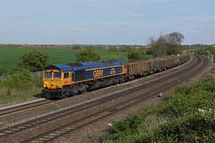 66729 Wellingborough (Gridboy56) Tags: gm gbrf england europe emd railways railroad railfreight trains train locomotive locomotives uk wellingborough northamptonshire elstow shed class66 66729 6d52 wagons derbycounty