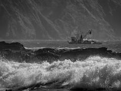 Btépez (S0ner) Tags: barco valdivia chile playa yapla etc mar sea