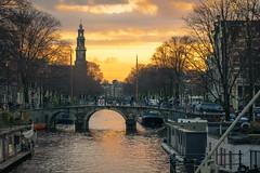 Amsterdam - Prinsengracht (tommyferraz) Tags: amsterdam netherlands dutch prinsengracht papiermolensluis westerkerk sunset evening sky clouds cityscape
