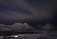 Longyearbyen Polar Night (Steven-ch) Tags: polarnight svalbard stars canon sea norway eos5dmarkiv longexposure mountain travel spitsbergen adventdalen operafjellet artic longyearbyen moskushamn europe snow ice svalbardandjanmayen sj
