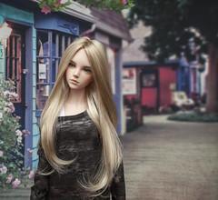f2 (annaoks) Tags: monique wig paris peach gold new yur yid iplehouse eid