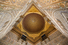 The dome of the Salón de Embajadores at the Alcazar of Seville, Spain (Tim van Woensel) Tags: salon de embajadores dome sevilla spain andalucia andalusia travel alcazar royal palace moorish muslim kings architecture interior details unesco world heritage hall ambassadors multiple star patterns universe stars tim van woensel