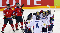 Ice_Hockey_World_Champ_Korea_NorthKorea_06 (KOREA.NET - Official page of the Republic of Korea) Tags: icehockey gangneungsi korea northkorea 남북전 아이스하키 강릉하키센터 한국 북한 2018평창동계올림픽 평창동계올림픽