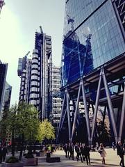 City of London (Michael Gwyther-Jones) Tags: lloydsoflondon cheesegrater cityoflondon
