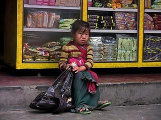 NEPAL, Auf dem Weg nach Pokhara, Mädchen, 16029/8290