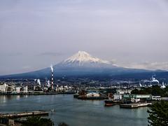 Tagonoura Fuji (Rekishi no Tabi) Tags: mountfuji tagonouraport fujicity shizuokaprefecture japan leica 富士山