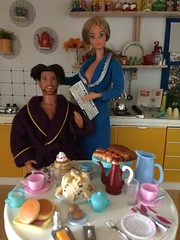 Breakfast in the new kitchen 2 (Dutchdollenthousiast) Tags: barbie pj dream date star fashions fashion avenue ken cool shaving sindy pedigree kitchen rement eastham vintage