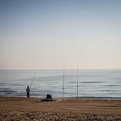 Pesca (Juakifoto) Tags: pescador agua comunidadvalenciana costa españa mar miramar playa playademiramar spain valencia beach coast sea water