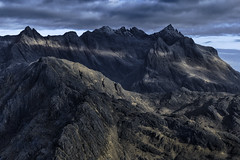 The Fortress of Shadows (J McSporran) Tags: scotland skye isleofskye cuillins blackcuillins landscape canon6d ef70200mmf28lisiiusm hebrides highland invernessshire