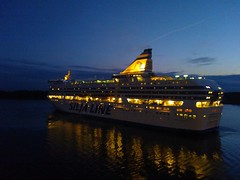 Silja Line in Mariehamn harbour (underthesun) Tags: harbour midnight mariehamn land