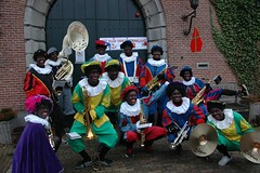 "Intocht Sinterklaas 2012 • <a style=""font-size:0.8em;"" href=""http://www.flickr.com/photos/96965105@N04/8948422223/"" target=""_blank"">View on Flickr</a>"