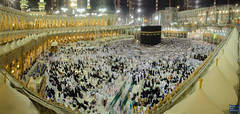 The sacred place (Obadah Yaghi) Tags: praying mosque holy saudi sacred haram mecca makkah ksa      kabaa obadah obada  twaf  yaghi oumra