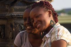 Londres - London Eye (dfvergara) Tags: girls london calle pareja streetphotography londres chicas africanas robados fotografiacallejera