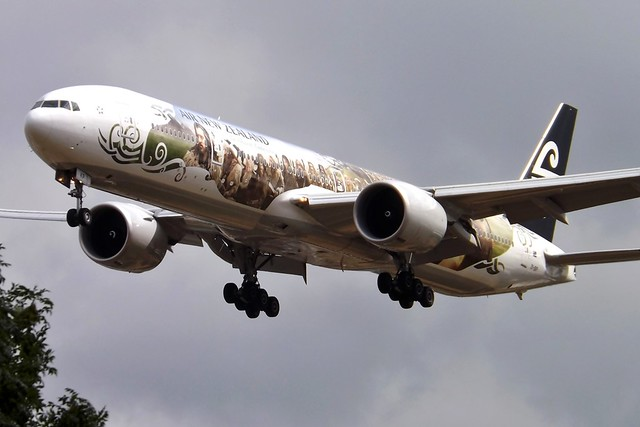 ZK-OKP Boeing 777 Air New Zealand Hobbit