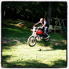 Ricky needs a dirtbike, this Honda ain't cutting it. (the brilliant magpie) Tags: grass bike vintage honda square jump backyard air lawn lofi 400 squareformat anchor motorcycle dirtbike ricky shenanigans reyes iphoneography instagramapp uploaded:by=instagram