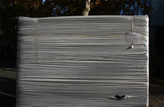 Verpackung, Frankfurt am Main 2013 (Spiegelneuronen) Tags: frankfurtammain folie oberflche