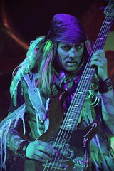 Mad T Party (Visions Fantastic) Tags: disneyland disney liveband dca aliceinwonderland dormouse marchhare hollywoodbacklot themadhatter madtpartyband