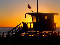 Sunset at Santa Monica (classymis) Tags: sunset beach santamonica flag lifeguard classymis