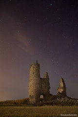 castle of belchite (Charlie Sanchez) Tags: sky espaa castle night stars star spain toledo nocturne castillo belchite