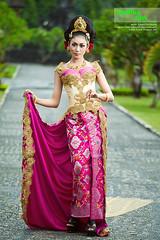 IMG_1034_Kartika Giri Oktaviani (gedelila) Tags: kebaya fotography gadisbali topphotographer baliphotographer budayabali budayaindonesia cantiksexy gedelila
