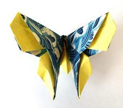 origami - farfalla 1 (leti:::::::) Tags: origami figure gioco carta piegare giappone paper cina pieghe passatempo hobby farfalla butterfly origamiart animals flower scacciapensiero japan segnaposto fantasia fantasy color howtomake comofazer simbolo simbols art arte paperart hademade