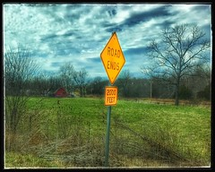 The end of the road..literally... (Sherrianne100) Tags: oldbarn barn rustic rural roadends sign farm ozarks missouri