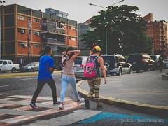 Ahi Vamos (Lex Arias / LeoAr Photography) Tags: 2017 barquisimeto cable cinematic cinematica iglexariasphotos leoarphotography lexarias nikon nikond3100 street streetphotography venezuela