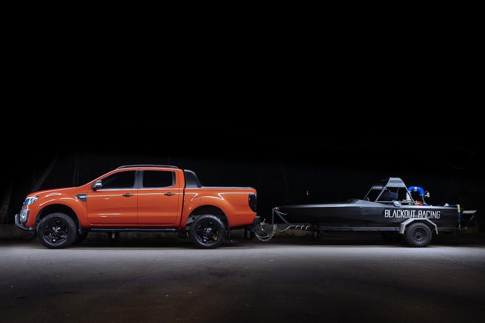 The world 39 s best photos of fordranger flickr hive mind for Garage ford orange